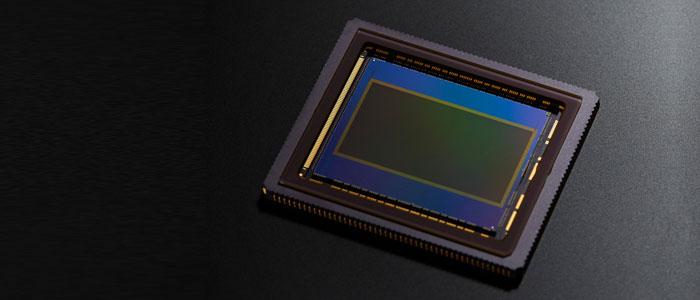 CANON EOS 300 MARK II - SENSOR CMOS SUPER 35 MM